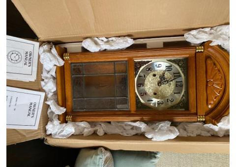 Wind up pendulum antique wall clock